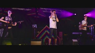 Bí id Thost is Damhsa Liom – Shut Up And Dance as Gaeilge