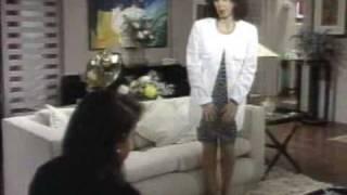 Gente Fina (1990) - Preocupada com Maurício, Kika se desespera