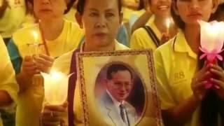 Duelo en Tailandia por la muerte del rey Bhumibol Adulyadej