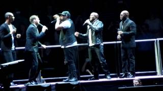 Michael Bublé feat. Naturally 7 - Happy - Cologne 14.11.2014