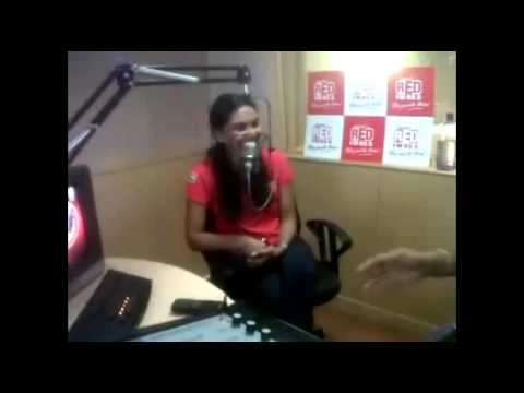 RED FM BADE DILWALE SPORTS NOMINEE SONALI PARERAO WITH RJ RAHUL