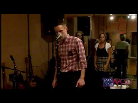 brandon-flowers-crossfire-acoustic-mix-941-underground-lounge-isis-silva