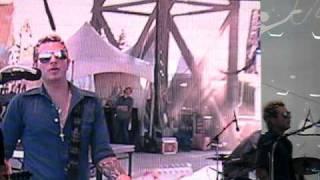 How Far Do You Wanna Go- Gloriana Live.avi