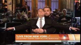 "Leonardo DiCaprio Recreates the ""I´m Flying Scene"" with Jonah Hill on Saturday Night Live"