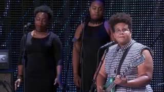 Alabama Shakes – Miss You (Live at Farm Aid 2016)