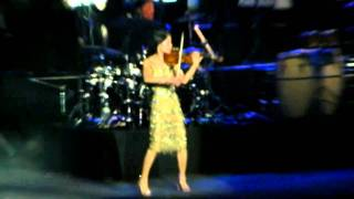Vanessa Mae - Toccata and Fugue in D Minor (Live In Belgrade)