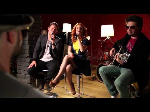 Caro Emerald – A night like this (acoustic cover by COLORS IN STEREO)