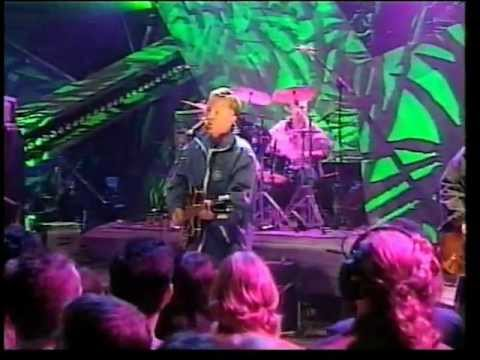 electronic-for-you-live-on-tfi-friday-1996-snzero