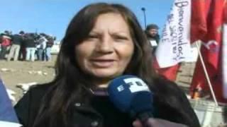 Aplausos, gritos de alegría y llantos de emoción entre los familiares de los 33 mineros en Chile