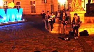Lviv street musicians - It's My Life (Bon Jovi cover)