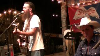 Folks - Cody Jinks and The Tone Deaf Hippies