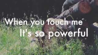 Powerful - Major Lazer ft. Ellie Goulding & Tarrus Riley (lyrics)