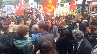 Macron humilié par des travailleurs !  A partager largement