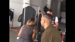 "Maite Perroni & Cali y El Dandee - Nahrávanie videoklipu k piesni ""Loca"" 11/20"