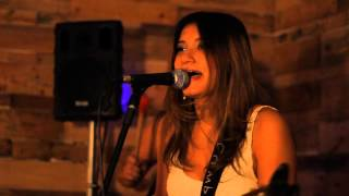 Xote das Meninas - Luiz Gonzaga - Juliana Lima com o Trio Beijo de Moça
