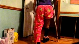 How to walk in crutches and (put on your shoe)