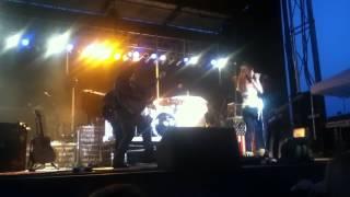Gloriana - Sunset Lovin Live