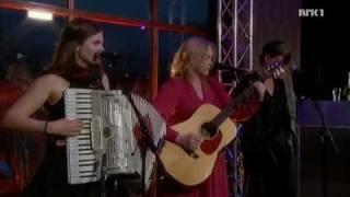 Ane Brun - Gillian (Live in TV studio, 2010)