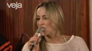 Claudia Leitte canta Imitação