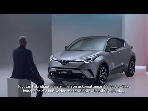 Hybriditeknologiassa ei ole mitään monimutkaista. Itse asiassa, ajaminen Toyotan itselataavalla hybridillä saattaa olla jopa helpomaa, kuin mihin olet tottunut. Itselataava hybriditeknologiamme huolehtii nimittäin itse itsestään, ja polttomoottori sekä sähkömoottori toimivat saumattomassa yhteistyössä ilman, että kuljettajan tarvitsisi huolehtia muusta kuin ajamisesta.