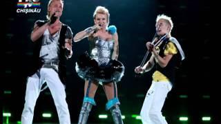 Sunstroke Project & Olia Tira with Epic Sax Guy - Superman | Eurovision 2012