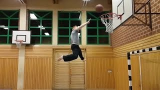 Dunking time ....Hit 'Em High