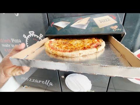 Ho MANGIATO LA PIZZA DELLA MACCHINETTA!  …