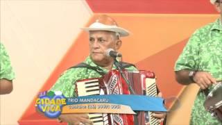 Trio Mandacarú canta o melhor do forró no Cidade Viva