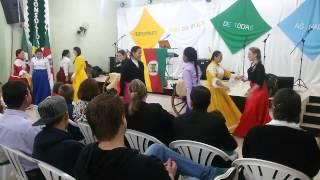 Ministérios de dança no culto gaúcho da Comunidade Cristã Reviver de Teutônia