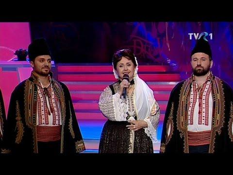 Angelica Stoican şi Grupul vocal Izvoraşul - Mă suii în dealu' Cernii