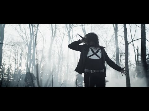 miss-may-i-masses-of-a-dying-breed-official-music-video-riserecords