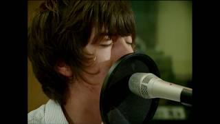 Arctic Monkeys - Teddy Picker (2007)
