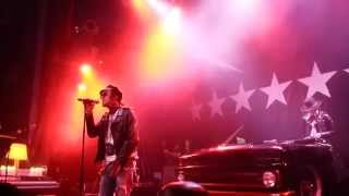 YelaWolf - Ball and Chain - Live