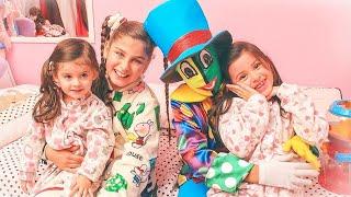 GRILINHO CRI CRI🐉(Clipe Oficial) Milena Stepanienco (Mileninha) 8 anos