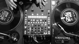 Scratch DJ session with David Barese of Dienvy and JammText