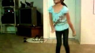 Sobrina bailando punta