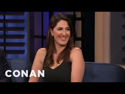 D'Arcy Carden's Awkward Run-In With Molly Shannon - CONAN on TBS