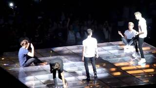 One Direction - One Way or Another - Live in Montreal (Nouis, Ziam and Niam moments)