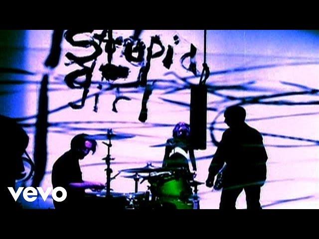 """Vídeo oficial de """"Stupid Girl"""" de Garbage"""