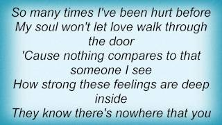 Keyshia Cole - Confused In Love Lyrics