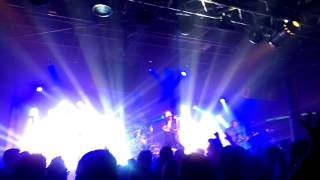 Thousand Foot Krutch - Be Somebody(Live Houston)