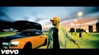 Chris Record - Still Standing ft. Reggie Smith [Official Music Video]