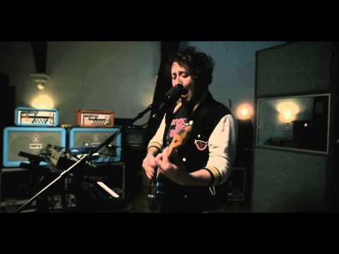 the-wombats-the-english-summer-church-session-the-wombats