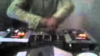 MANOLO CRUZ - HACE UNOS  AYERES-TECHNO SESSION