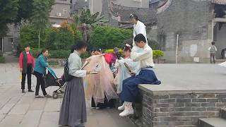 Guangzhou Local Culture Tour Private Travel Guide in Guangzhou Ancient Port and Village Tour Guide
