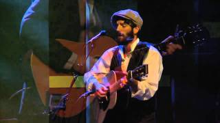 """Ray LaMontagne Performs """"This Love Is Over"""""""