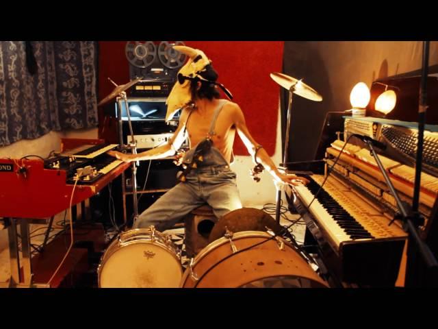 Vídeo oficial de la canción Boogie de Vurro