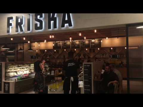 Friska opens for business