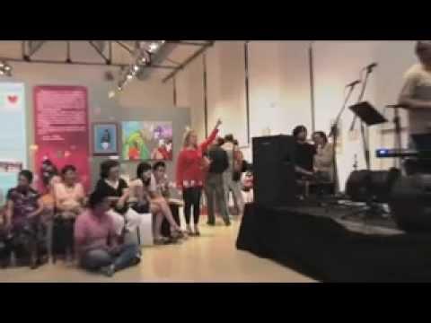 Inauguración exposición Lyrical Blend – Spain & Bangladesh en L´Escorxador