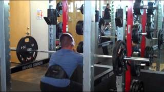 Ruben Valdez Front barbell squats OV Fitness